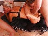 Sexuální otrokyně dostane patřičnou porci semene - freevideo