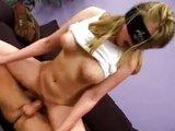 Sexuchtivá blondýnka je pěkně perverzní - freevideo