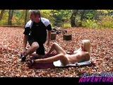Lesní divočení s povolnou blond courou - freevideo