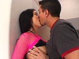 Anální pumpovačka s latino pornohvězdou - freevideo