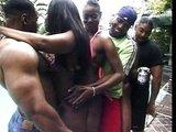 �okol�dov� orgie naberou na obr�tk�ch - freevideo