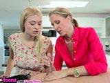 Maminka s dcerkou úřadují společně - freevideo