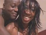 Sexy čokoládka s dokonalou postavičkou napuštěná doplna - freevideo