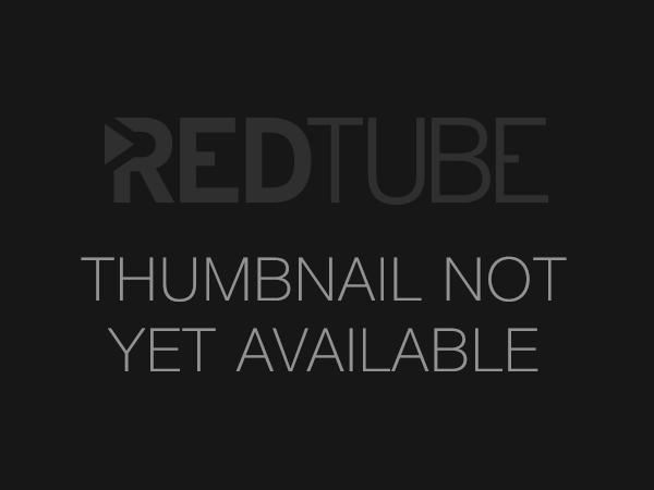Šikovná amatérka předvádí profesionální výkon - freevideo