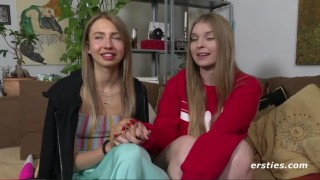 Lesbička a vibrační hračka - freevideo
