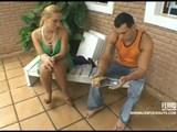 Mužatka si nechá pohonit ptáka a pak ojede svého teplého přítele - freevideo