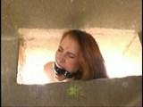 Spoutaná kurvička je přinucena k sexu - freevideo