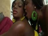 Černé gazely Aryana Starr a Taylor Layne v lesbické akci - freevideo