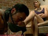 Dvě dominy se hezky vyřádí a znásilní svého kamaráda - freevideo
