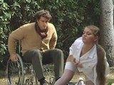 Vilná sestřička uzdraví chromého nadrženého borce s hezkou kládou - freevideo
