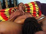 Tahle prsat� sexu�ln� ma�ina zvl�dne ukojit kohokoliv - freevideo