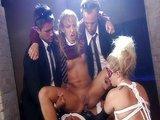 Bohapust� orgie s bezmocnou lolitkou - freevideo