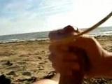 Vzrušující kuřba od partnerky na pláži - freevideo