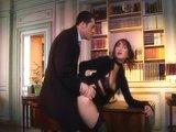 Zkušená sekretářka splní šéfovi i ty nejtajnější sny - freevideo